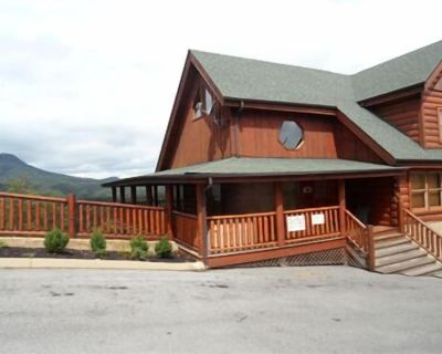 Mountain Views!3 miles to Prkwy/Gym/indr/outdr pool/putt golf,banquet facilities - Pigeon Forge