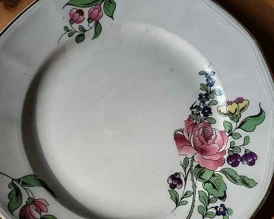 OXFORD IVORY ANTIQUE DISHES