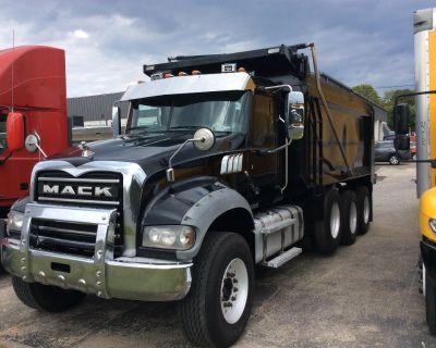 2017 MACK GU713 Dump Trucks Truck