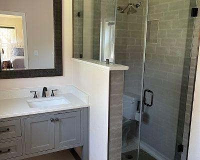 Pet Friendly Villa in the Heart of Fort Worth - Westcliff West