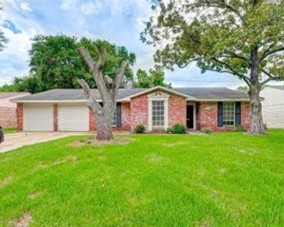 9530 Highmeadow Dr, Houston, TX 77063 3 Bedroom House