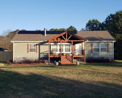 Modern Country Getaway - Snellville