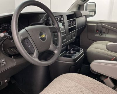 2018 Chevrolet Express Passenger LT