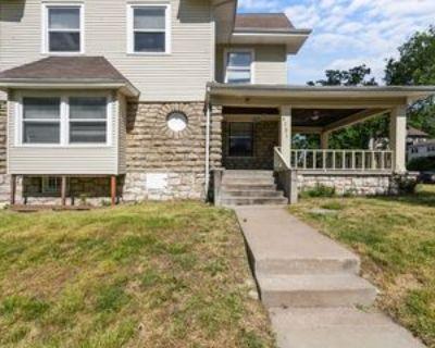 4721 Euclid Ave #1, Kansas City, MO 64130 5 Bedroom Apartment