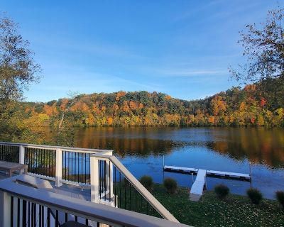 Bring Your Boat! AMAZING Riverfront Home with Private Dock and Private Boat Ramp - Stockdale
