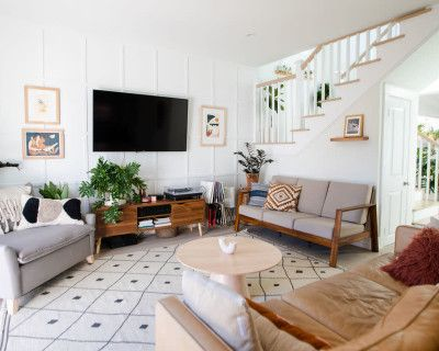 Spacious and bright, peaceful paradise craftsman home, Los Angeles, CA