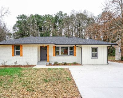 Completely Renovated 3 Bed 2 Bath House, DECATUR, GA