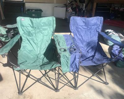 Double Wide Camping Chair cooler in the middle