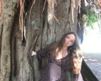 Emily, 21 years, Female - Looking in: Sarasota Sarasota County FL