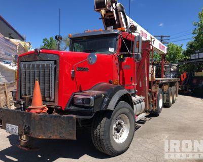 2011 Elliot 26105F Straight Boom on 2012 Kenworth T800 8x4 Truck