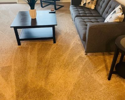 Entire Apartment 2BR Gated Community Pool,Gym+more - Northside