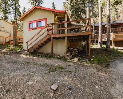 Rock Squirrel: Cute and Cozy One Bedroom in the Upper Canyon!! - Ruidoso