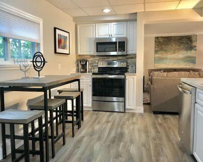 5 bedroom, 2 bathroom home- Minutes from Niagara Falls - Olcott