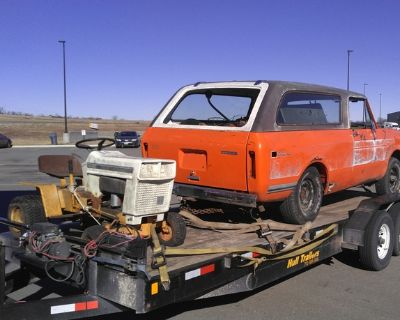 Wanting to buy international harvester pickups and scouts ih