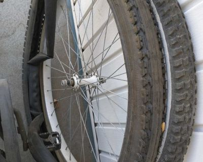 Bicycle tires and wheels 26x195 26x190