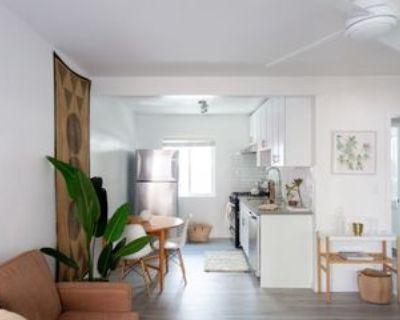 5525 Harold Way #14, Los Angeles, CA 90028 Studio Apartment