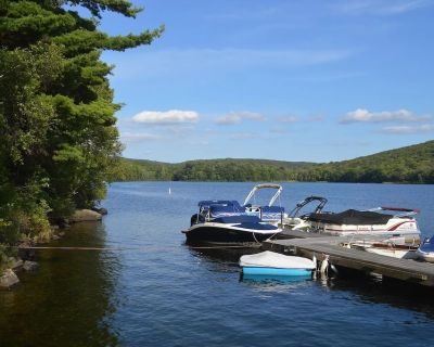 Berkshire Hills, Upper Goose Pond, Luxury Comfortable Country Home, L HotTub - Berkshire County