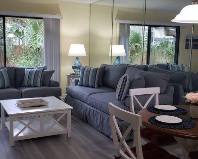 NEW!WALK TO BEACH & POOLS & TENNIS- CLEAN,QUIET2BR,2BA VILLA, 5-STAR REVIEWS! - St. Augustine Beach