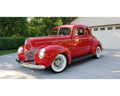 1940 Ford 5-Window Coupe
