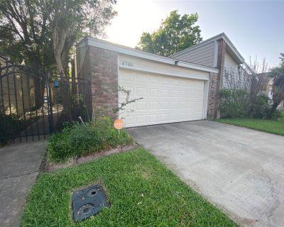 4366 Wildacres Drive, Houston, TX 77072