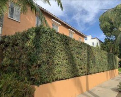 S Orange Grove Ave, Los Angeles, CA 90019 1 Bedroom Apartment