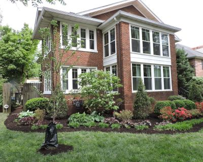 Bright, Parkside condo with pool - Bonnycastle