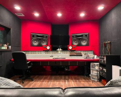 Recording Studio in Sherman Oaks, Sherman Oaks, CA