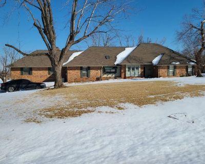 Deer Creek Estate Sale by Ellis Estate Liquidations