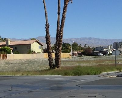17 Lots Cathedral City
