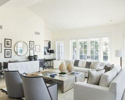 15225 Palisades Village Ln #201, Los Angeles, CA 90272 3 Bedroom Apartment