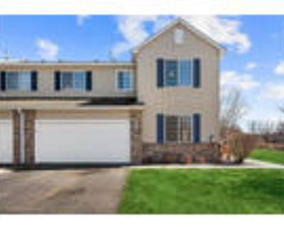 3 Bed/2 Bath Townhome in Maple Grove