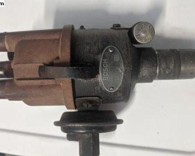 VJU4 BR8 Bosch distributor