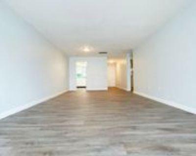 1000 49th St N #205, St. Petersburg, FL 33710 1 Bedroom Apartment