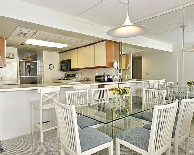 DAILY ACTIVITIES AND LINENS INCLUDED**! Direct Oceanfront 2 bedroom, 2 bath condo with an open den. - North Ocean City
