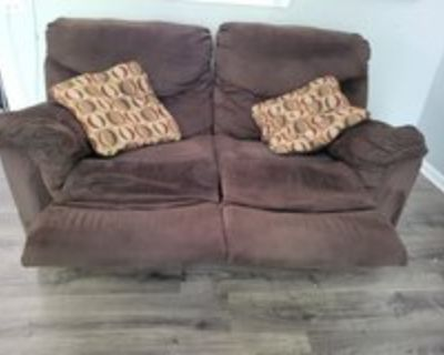 reclining loveseat couch
