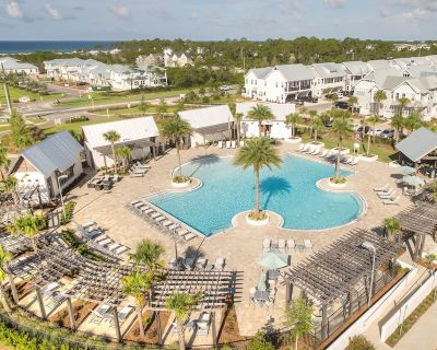 Sandy Feet Beach Retreat is just the place to relax and unwind here on 30a's Emerald Coast. - Florida