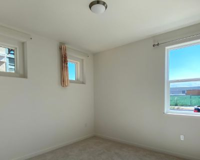 Private room with own bathroom - San Jose , CA 95122