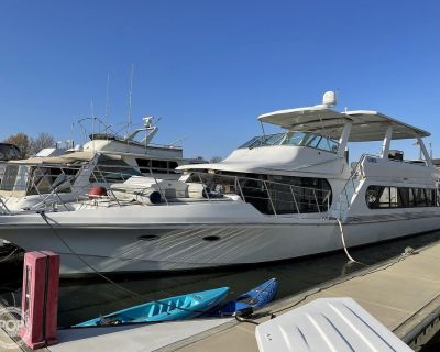 Bluewater Yachts 643