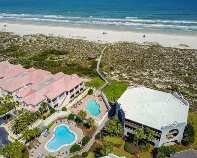 HIBISCUS C102 [2/2] FREE ACTIVITIES! & OCEANVIEW WIFI 3 POOLS - Butler Beach