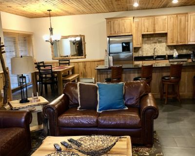 Timber Wolf Lodge condo with private bathrooms for all! - Park City