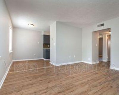 4910 Saddlebrook Ln #4, Louisville, KY 40216 2 Bedroom Condo