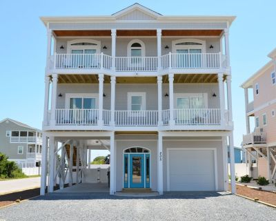 New HOT TUB!! - Private Pool (with optional heater), Tiki Bar, Crows Nest - Holden Beach