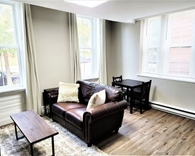The Grayson at Park Place- cozy and fully updated - Wilmington