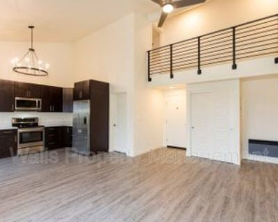 2237 Nw 62nd St #2, Seattle, WA 98107 4 Bedroom Condo