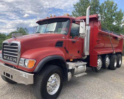 2004 MACK GRANITE CV713 Dump Trucks Truck