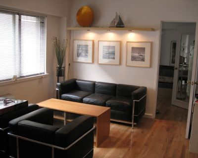 ***Move-in-Ready Foggy Bottom Apartment for rent : min 3-5 month . Amazing Area - George Washington University
