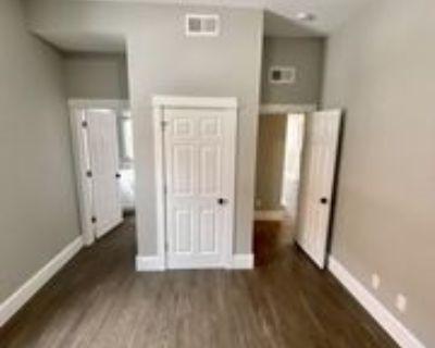 201 W 1st Ave #1, Holdrege, NE 68949 3 Bedroom Apartment