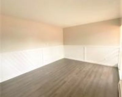 3014 N Arcadia St #210, Colorado Springs, CO 80907 2 Bedroom Apartment