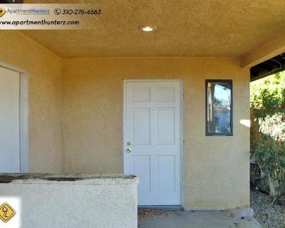 Apartment for Rent in Cathedral City, California, Ref# 2288383