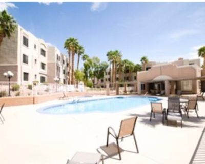 Private room with shared bathroom - Laughlin , NV 89029